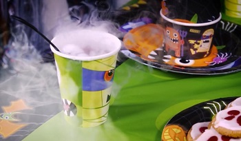 Halloween Drinks | Dry Ice Cocktails | Kids Juice Drinks