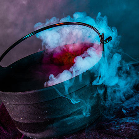 Halloween Witches Cauldron With Fog Effect